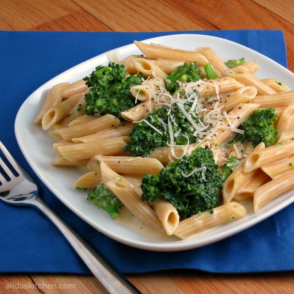 Cheesy Broccoli Penne Pasta {Alida's Kitchen}
