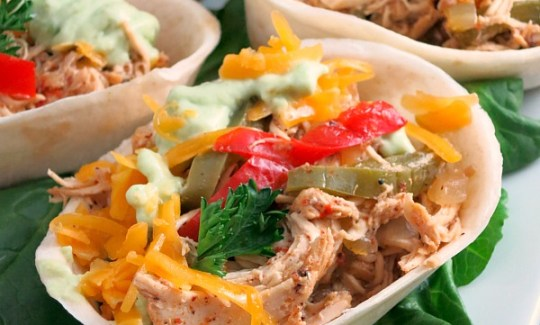 Slow Cooker Beer Chicken Fajitas