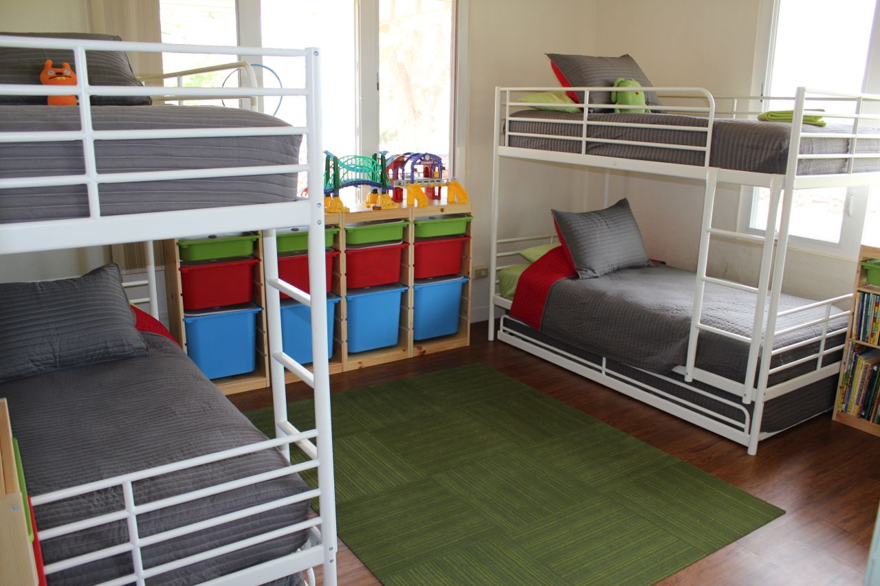 Childrens Beds With Pull Out Bed Underneath How To Fit 6 Kids In One Room On A Budget