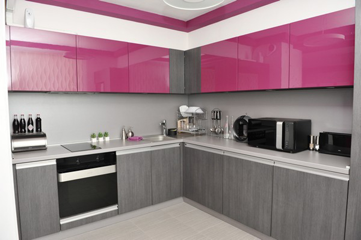 Pink And Black Kitchen Decor A Splash Of Color 13 Colorful Kitchen Design Ideas