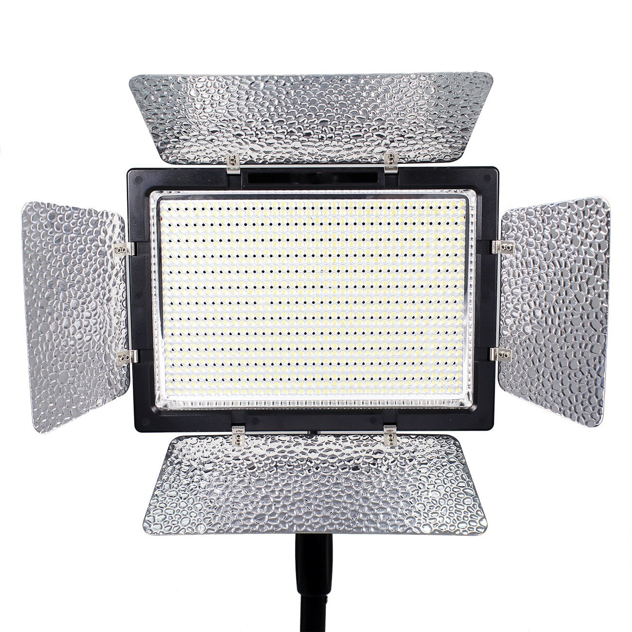 Eclairage Led Photographie Studio Panneau_led_eclairage_video_batterie_camera_900_location