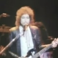 "Dec 2: Bob Dylan performs ""Changing Of the Guards"" in Nashville - 1978 (Video)"