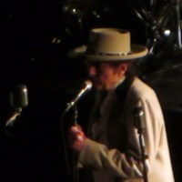 Nov 29: Bob Dylan Simple Twist of Fate & Long and Wasted Years,Beacon Theatre, NYC, 2014 (videos)