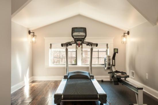 Fitnessraum zuhause einrichten  Emejing Ideen Heim Fitnessstudio Einrichten Photos - Rellik.us ...