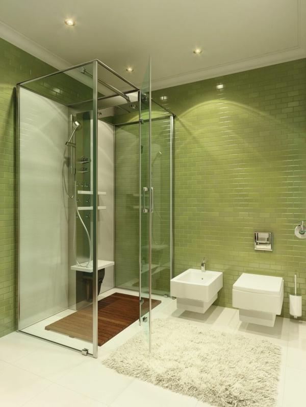 Gruenes Badezimmer