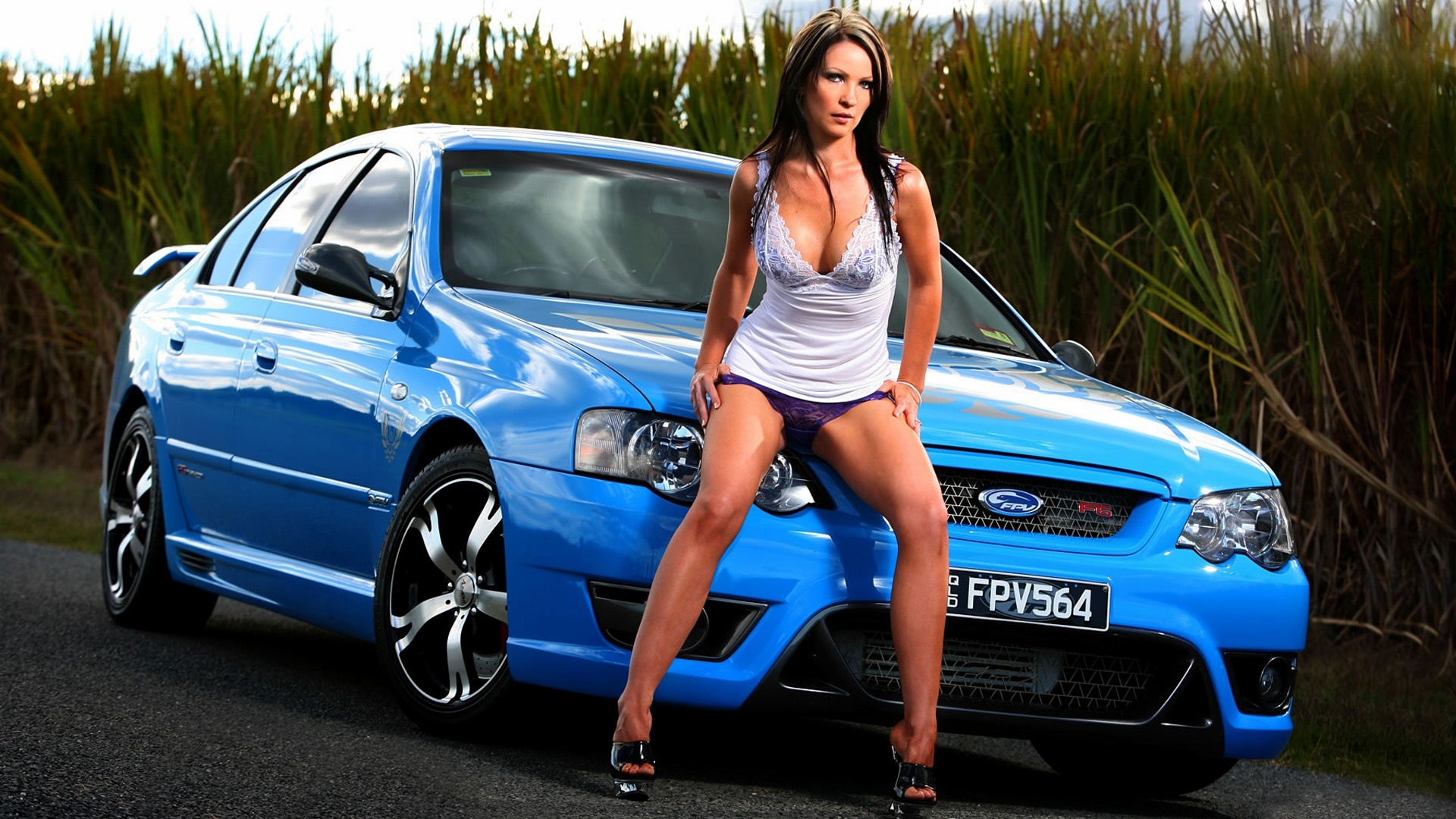 Samsung Note 2 Car Wallpaper Sexy Girls And Stunning Cars Hd Wallpapers All Hd Wallpapers