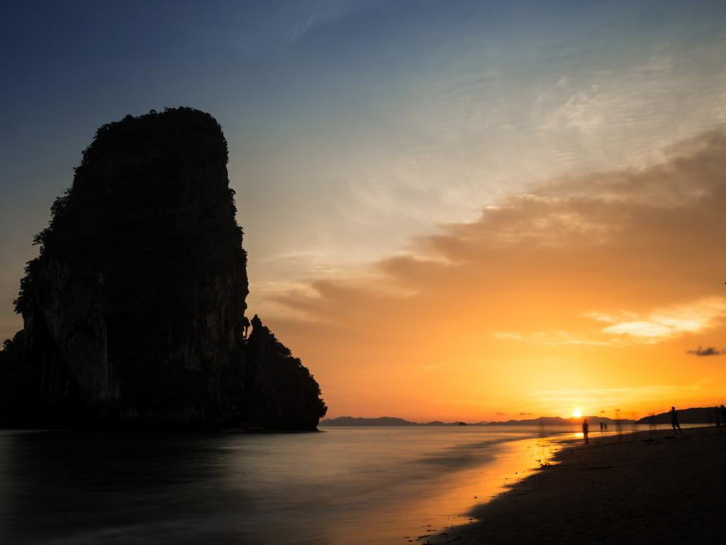 Black And White Motivational Quotes Wallpaper Long Exposure Photo Of Sunset In Phra Nang Beach Thailand