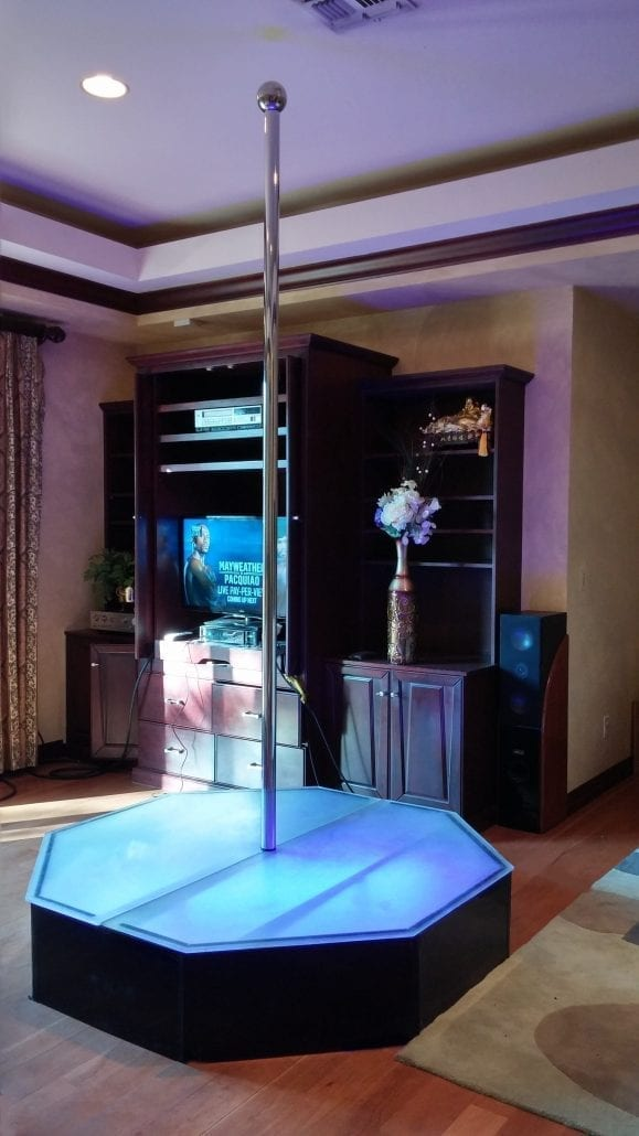 Professional Lighting Kit For Video Rent A Stripper Pole Direct To Your Room In Las Vegas