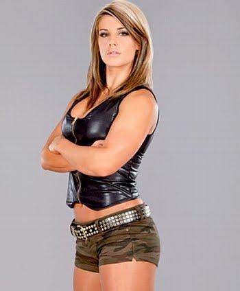 Top 10 sexy WWE women wrestlers – Top 10 Lists | Top Ten Lists at Allthetops.com