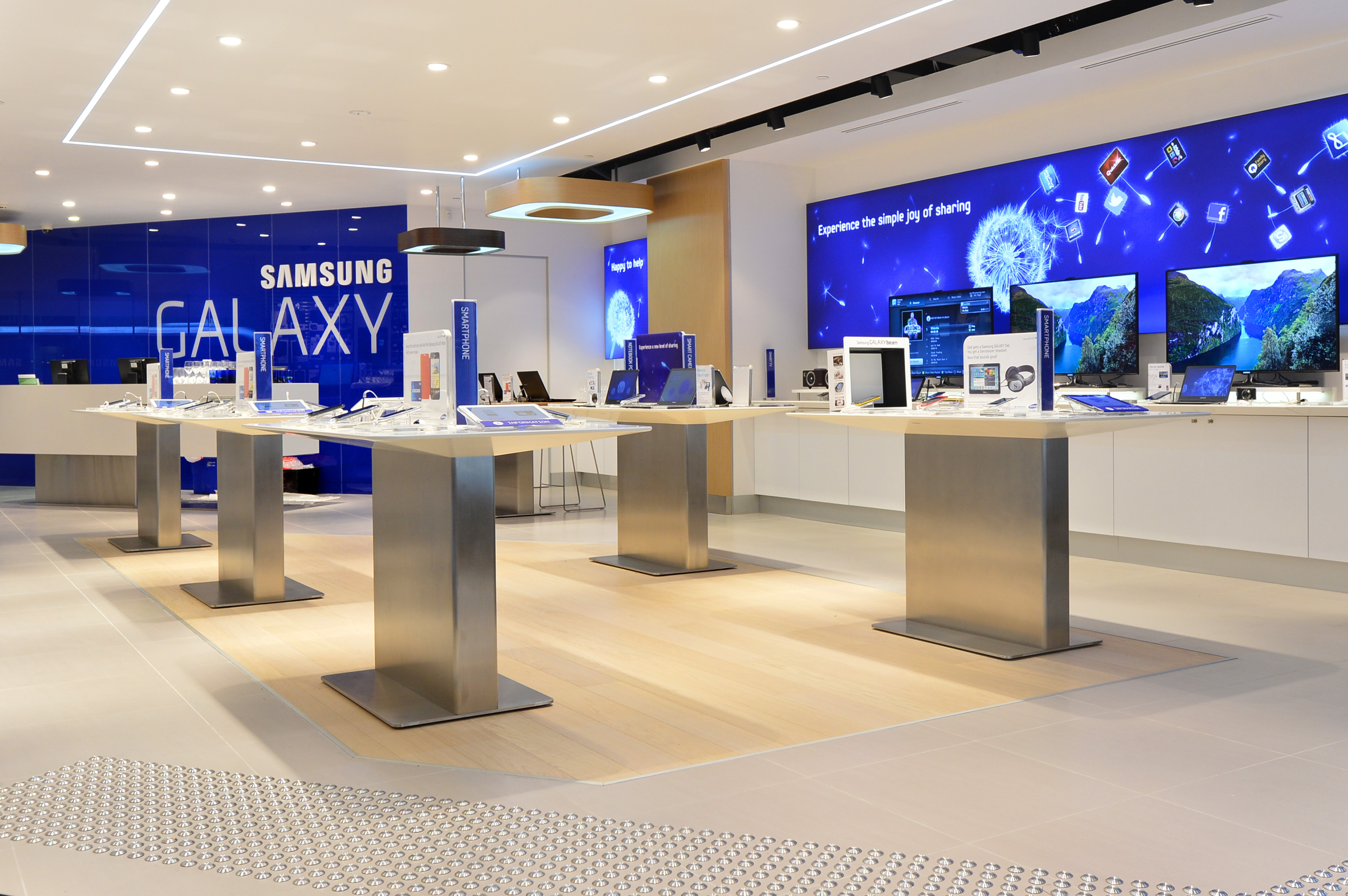 Retail Lighting Stores Sydney Newspapers Samsung Opens New Apple Store In Australia