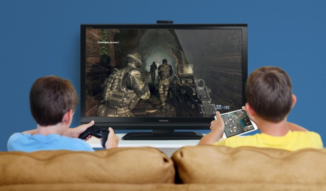 multi-user gameplay scenario (Call of Duty) with iPads and a traditional hand-held controller
