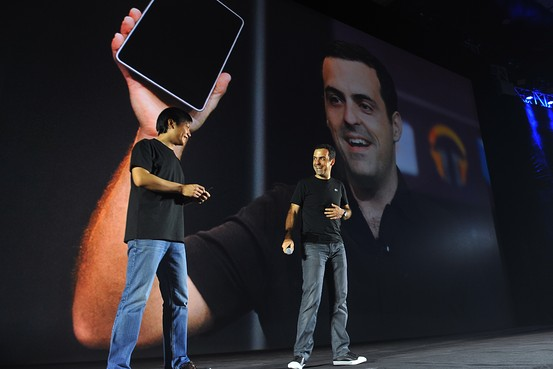 Barra and Xiaomi CEO Lei Jun onstage in Beijing at launch of Mi3 and Xiaomi TV last week.