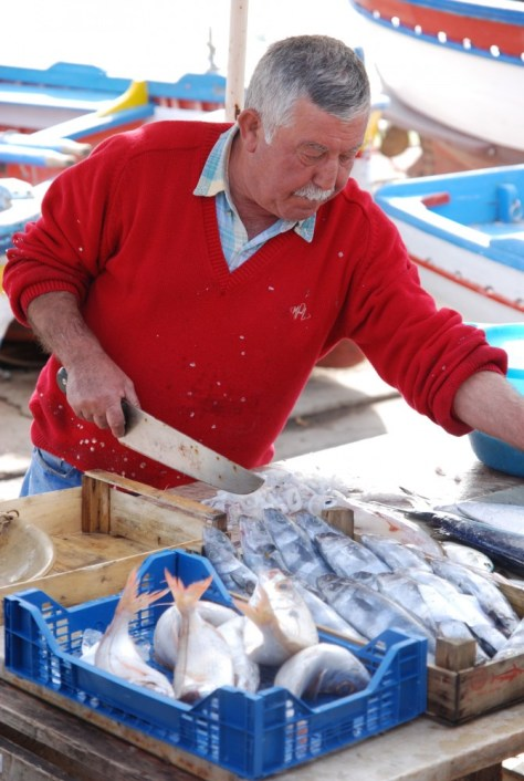 Mondello fish seller_0040