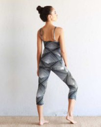 tank_leggings_crop_back_pyramid__40703.1450159645.195.195
