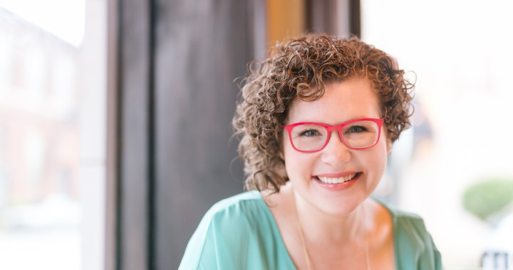 Abby Howard, MSW, LCSW shares her journey from social worker to entrepreneurship, why it's important to pay attention to your head space, and how she has cultivated her own mental strength.