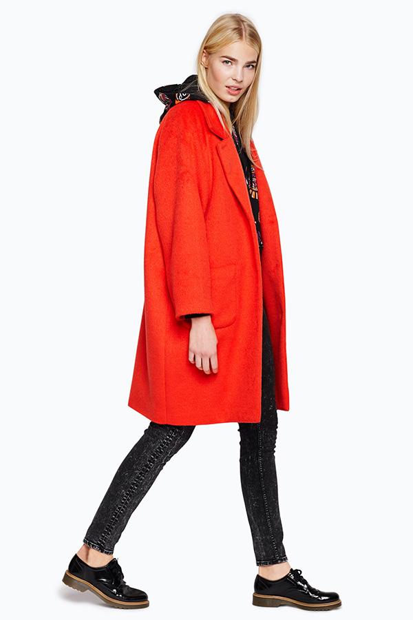abrigo-rojo