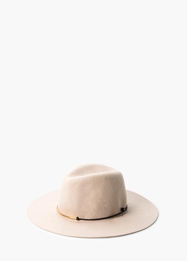 HAT-11