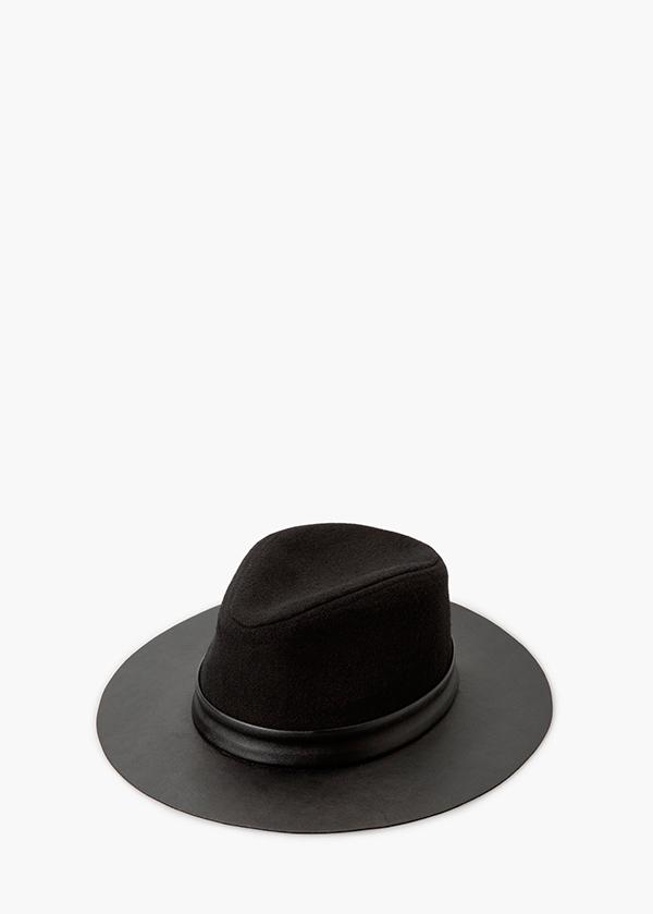 HAT-9