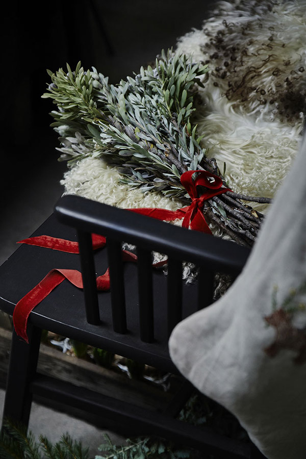 AllYourSites-DARK CHRISTMAS-10