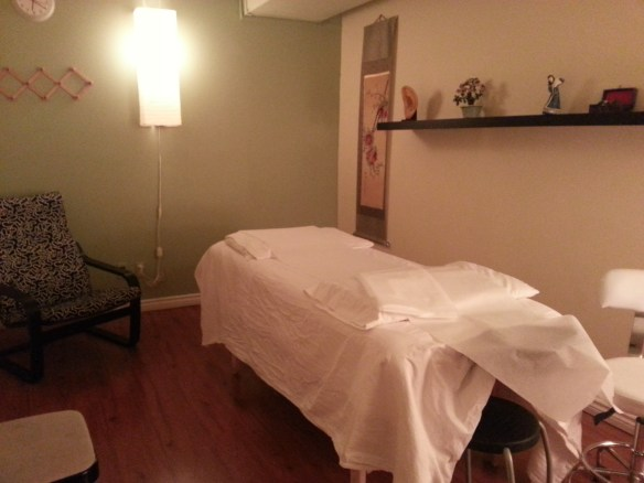 Acupuncture therapy room