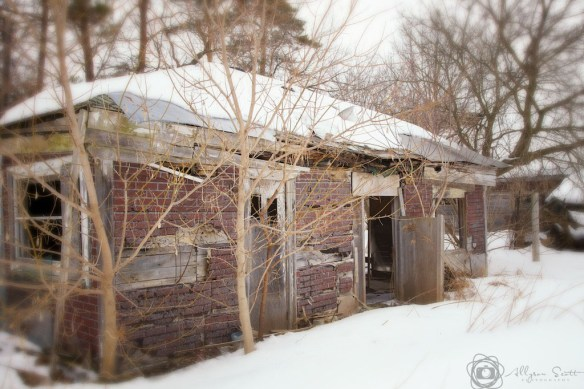 Abandoned farm buildings, Markham