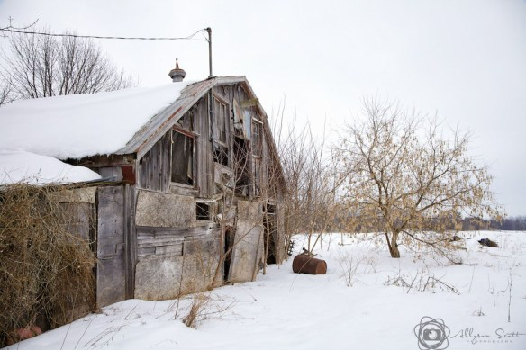 Derelict farm building, Markham