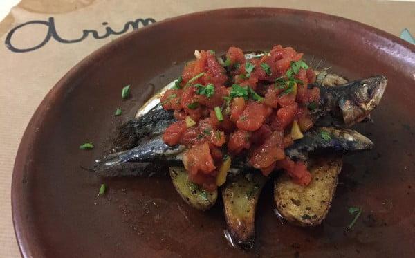 arima, restaurante, sardinas, putanesca