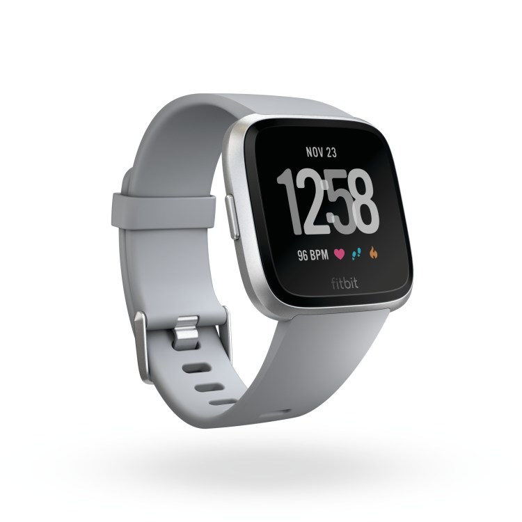 Product render of Fitbit Versa in 3 quarter view in classic gray showing default clock