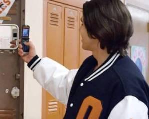 تستعد شركة موتورولا طرح هاتفا جديدًا قابل للطي خلال الشهر المقبل