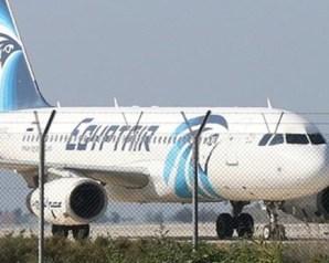 تفاصيل الدقائق الأخيرة قبل سقوط الطائرة المصرية
