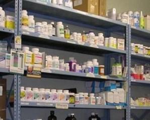 نقيب الصيادلة يطرح البدائل لحل أزمة نقص الدواء