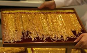 gold-jewellery-gold-chain-650_650x400_61487902416
