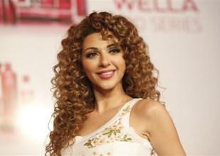شاهد بالفيديو: ميريام فارس تطلب من أحد معجبيها ألا يؤذي نفسه من أجلها
