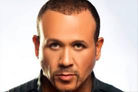 هشام عباس يستضيف «بلاك تيما» في «شريط كوكتيل»