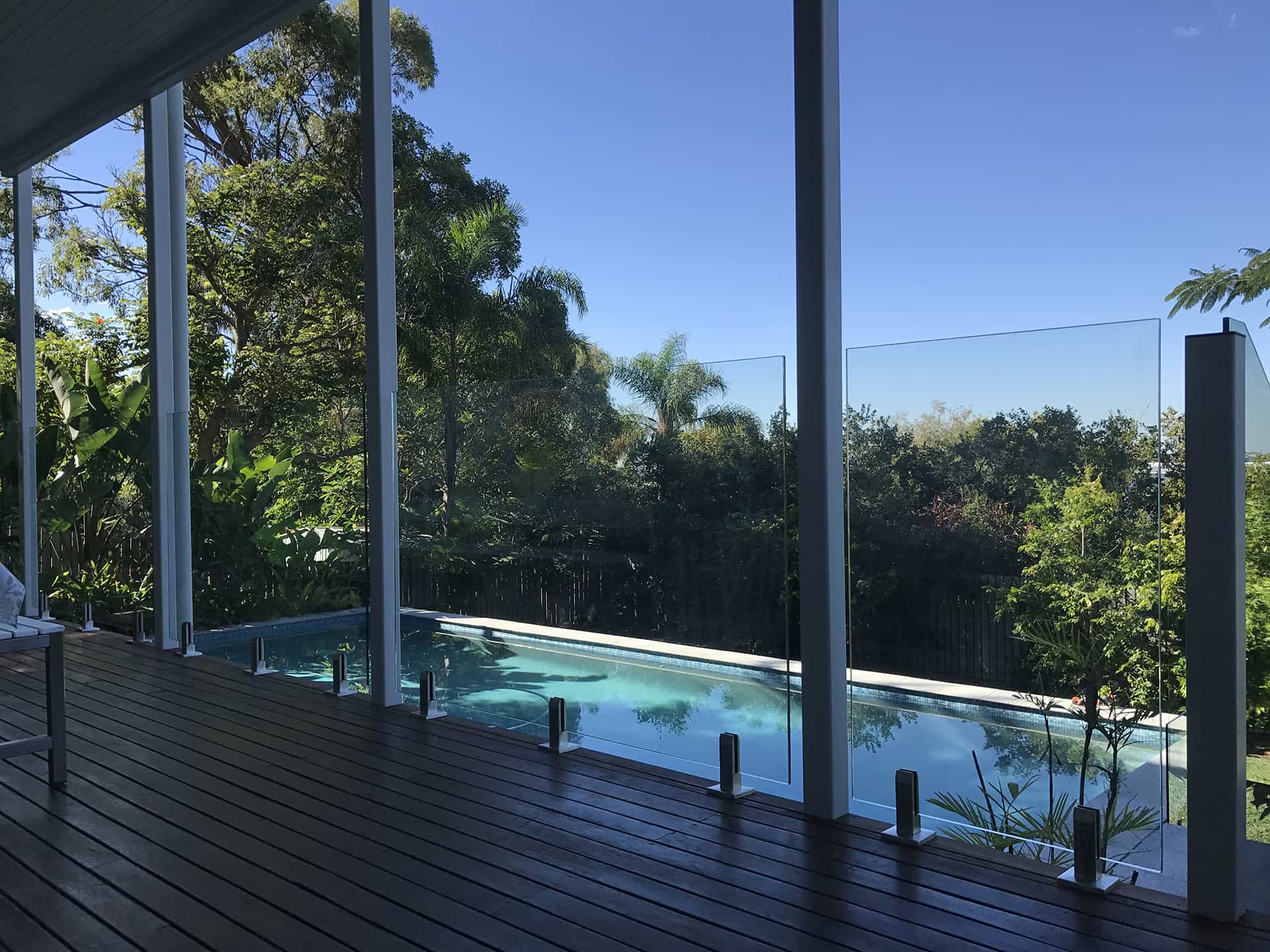 Glaspool What To Consider When Choosing Glass Pool Fence Als Glass Works