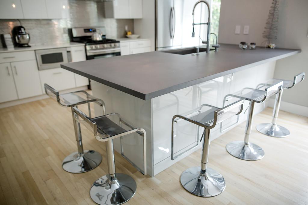 Concrete Kitchen Island Countertop Color: Steel Reserve NE