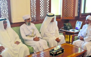 وفد قضائي كويتي يبحث مع قضائيين عمانيين تعزيز التعاون الثنائي
