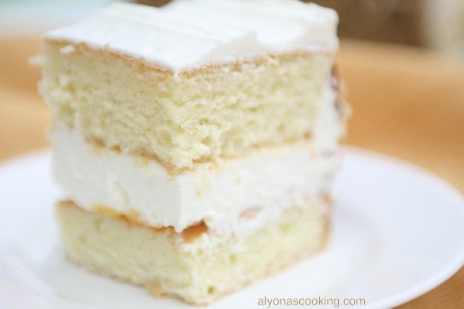 peach-fruit-cake-peaches-dessert-Russian cake-Ukrainian cake-delicate frosting-canned-peaches-cake-sponge cake-layers-rectangle cake-square cake-peach cake