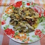 Жареные грибы Вешенки с капустой
