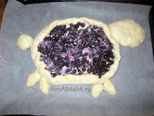 Как сделать вкусный домашний пирог с ягодами оригинальной формы