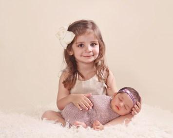 Amanda Skye photography, newborn photography, OC newborn photographer, Orange County newborn photography, sibling with newborn photography