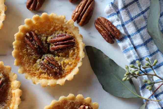 amandas plate mini pecan pies