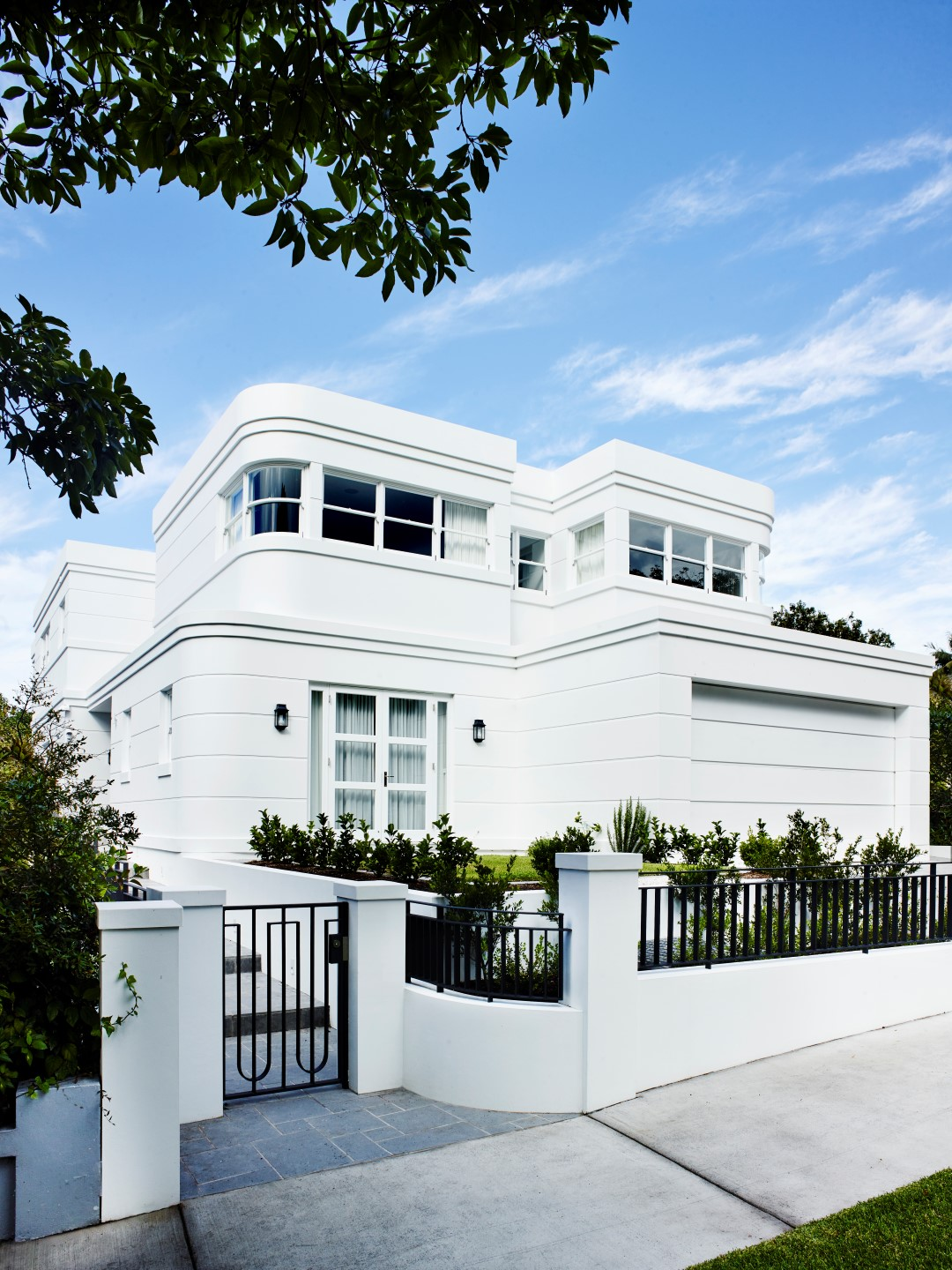 Art Deco Homes Luxury Forever Home Design In Sydneys Plush Rose Bay Area
