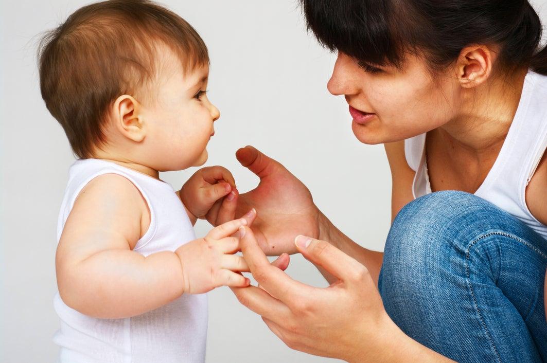 bébé-apprend-à-parler