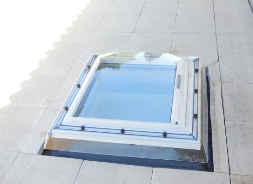 Protection Solaire Terrasse Coupole Velux