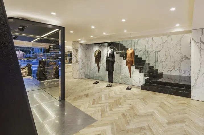 Decoration Interieur Magasin Vetement Design Interieur Magasin Givenchy