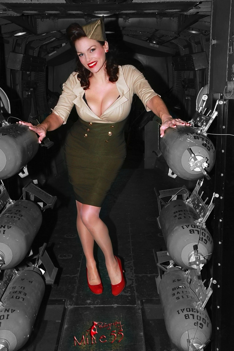Wallpaper Tank Girl Wyles Veronica Mae The American Pin Up A Directory Of