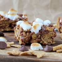 Toasted Marshmallow Golden Graham Smores Bars