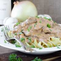 Healthy Beef Stroganoff : A familiar favorite, lightened up!