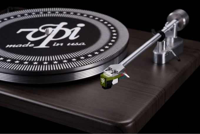 VPI Cliffwood Turntable with Grado Green Cartridge.